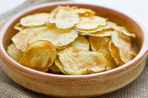 Chips maison au four à micro-ond